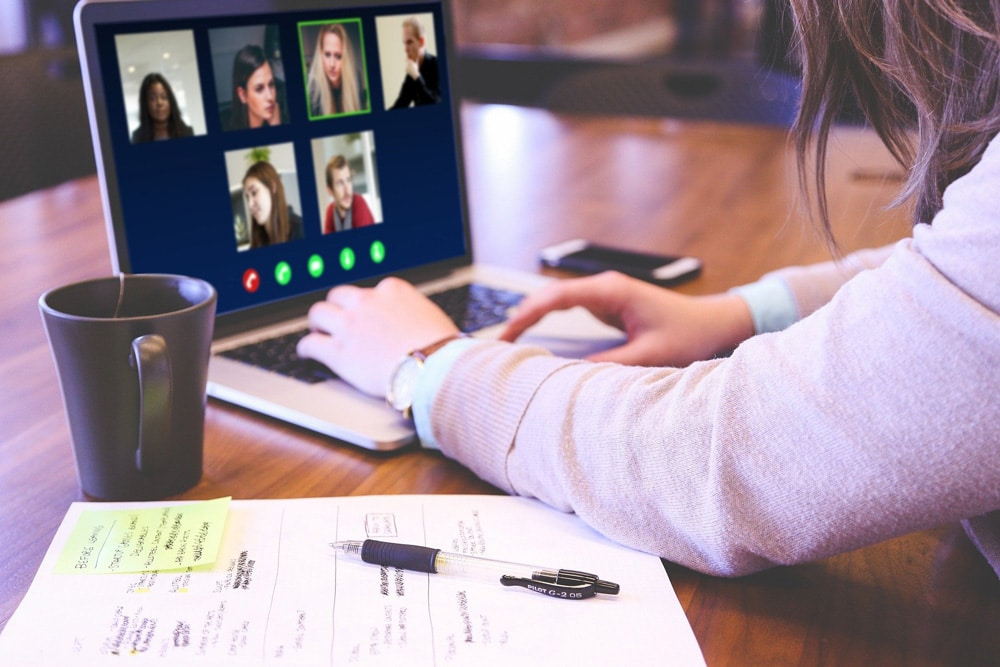 How to fit into a new workplace when starting remotely